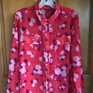 NWT American Eagle Outfitters Flowered Blouse